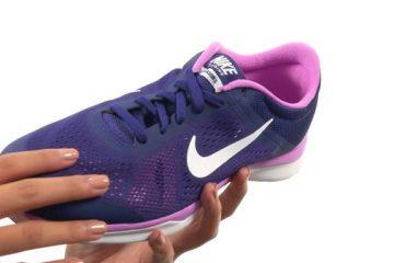 34 Nike Women_s In-Season TR 5 Training Shoe