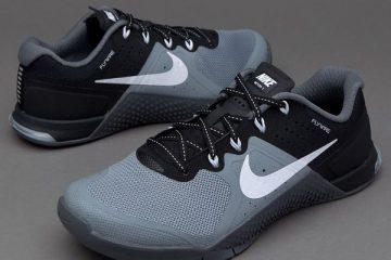 35 Nike Women_s Metcon 2 Training Shoe