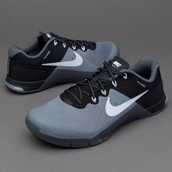 Nike Metcon 2 Women's Training Shoes Reviewed in October 2019