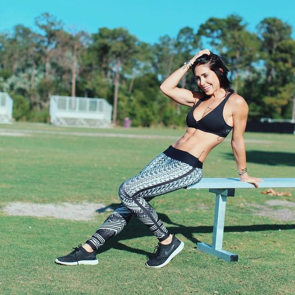 Impressive Sports Tops and Workout Outfits