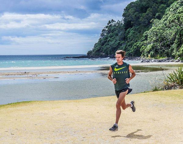 Nike running wear for cool sportsmen