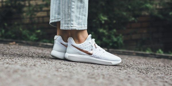 finest selection 0d4c5 c179a Nike Lunarepic Low Flyknit 2 Explorer White 1