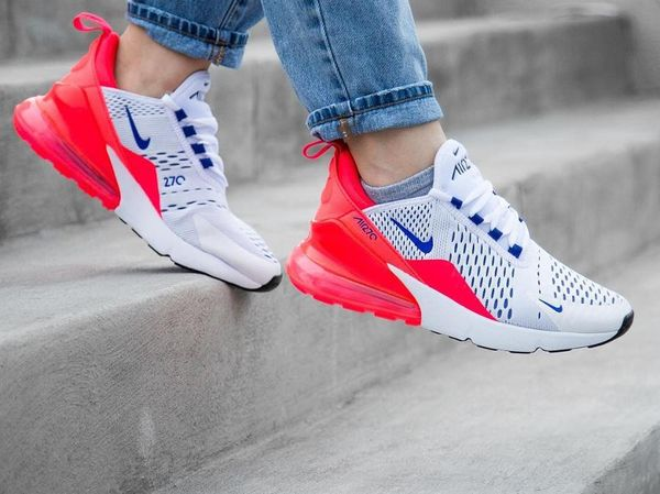 NIKE AIR MAX 270 ULTRAMARINE on feet