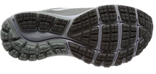 39b6f718379d3 The rubber outsoles of the Brooks Ghost 10 and Glycerin 15 are well-made  for shock absorption